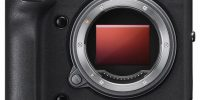 Fuji Announces 102MP GFX 100 Medium Format Camera